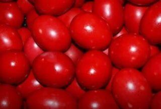 Τα κόκκινα αυγά